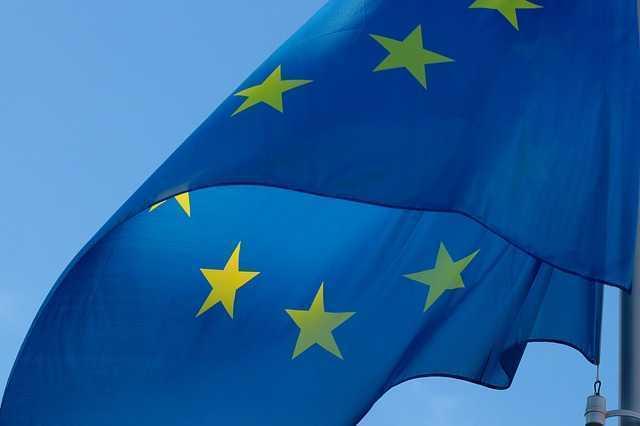 flag-2608475_640.jpg